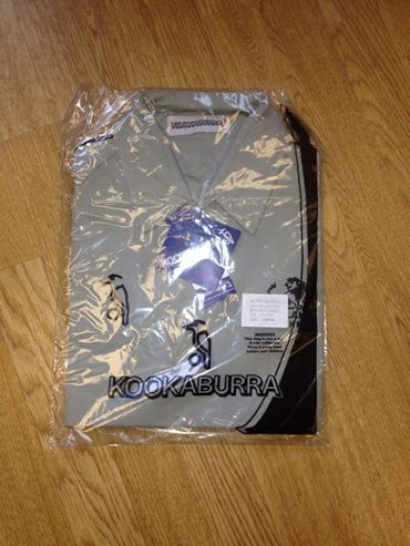 kookaburra womans gray polo hockey shirt  40 x large