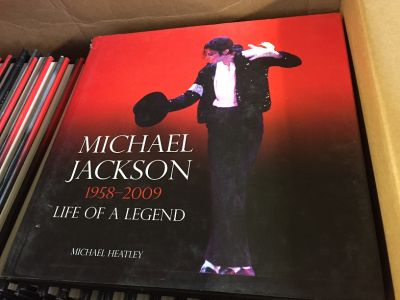 Wholesale Job Lot 200 x Michael Jackson Life of a Legend Book