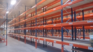 Pallet Racking mixed joblot of upright and beams. Brands include Dexion Apex etc