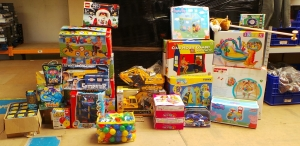 One Off Joblot Of 39 Toys, Games and Activity Sets Customer Returns